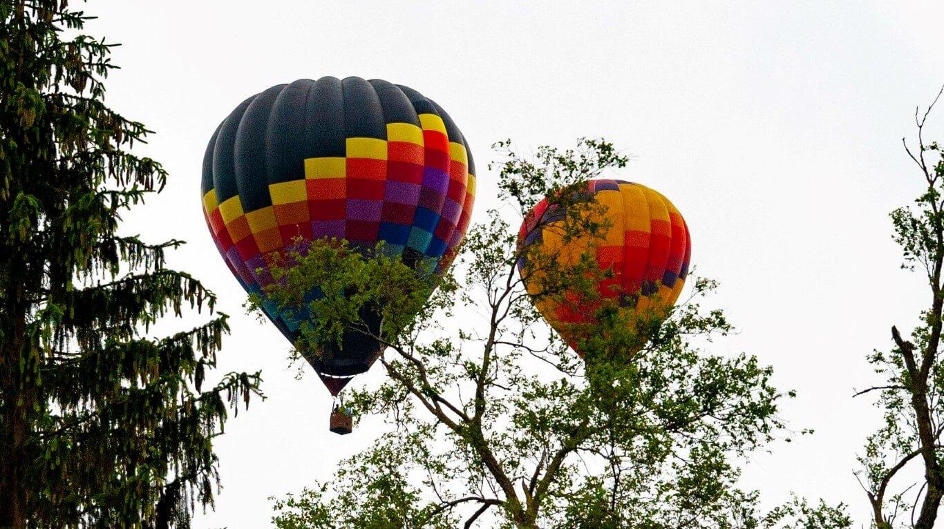 Balloons in Flight